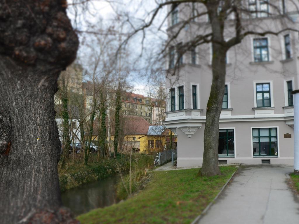 Brecht in Augsburg Wohnhaus 2